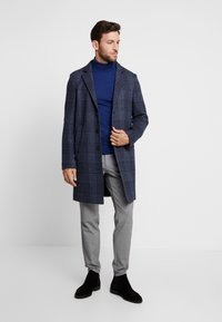 Tommy Hilfiger Tailored - UNLINED CHECK OVERCOAT - Manteau classique - blue - 1