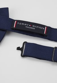 Tommy Hilfiger - SOLID OXFORD BOWTIE - Bow tie - blue - 3