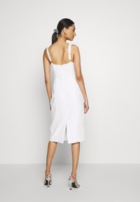 Third Form - VENTURE GATHER BRA MIDI - Day dress - offwhite - 2