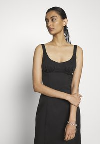 Third Form - VENTURE GATHER BRA MIDI - Day dress - black