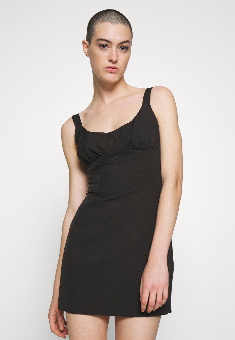 Third Form - VENTURE GATHER BRA MINI - Day dress - black