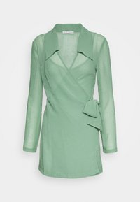 Third Form - CRUSH WRAP COLLAR DRESS - Shift dress - sage - 0