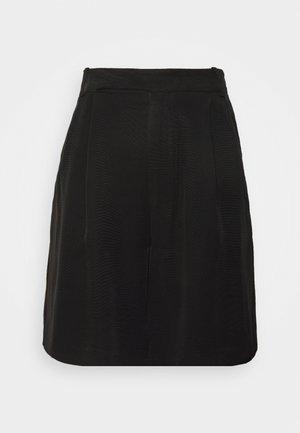 LE MODE BERMUDA SHORT - Shorts - black