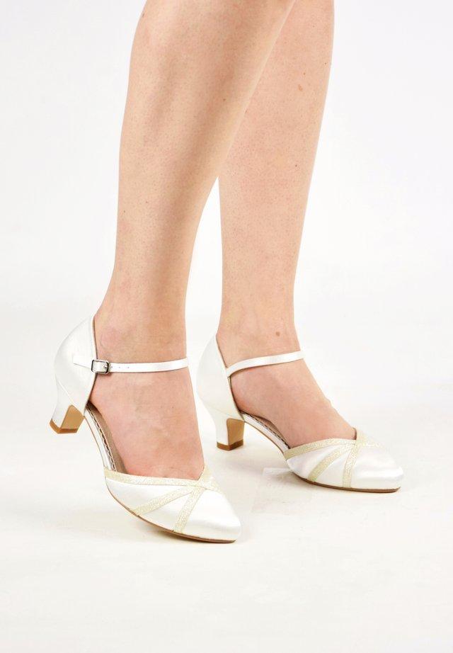 MADDIE - Bridal shoes - ivory