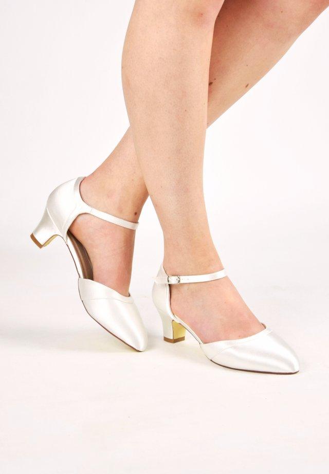 INGRID - Bridal shoes - ivory