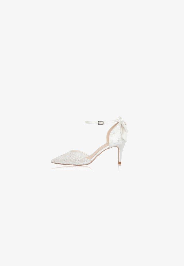 FLORENCE - Bridal shoes - ivory