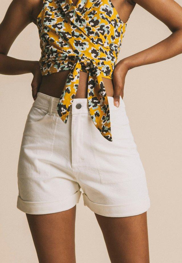 HOSE LOGOME - Shorts - white