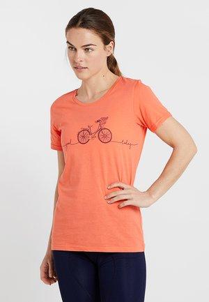 LAAG WOMEN BIKE - Print T-shirt - living coral