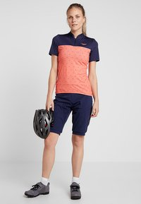Triple2 - SWET PERFORMANCE WOMEN - T-Shirt print - living coral - 1