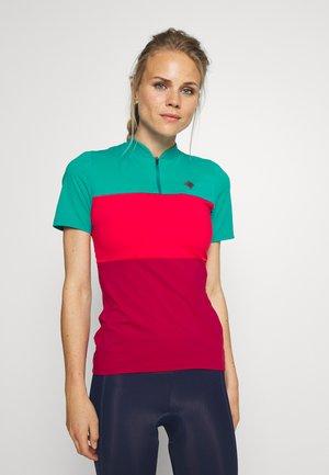 OCEAN WASTE ECONYL WOMEN - Print T-shirt - hibiscus