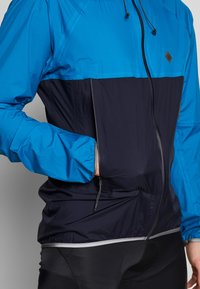 Triple2 - SMUDD SUPERLIGHT RAINJACKET MEN - Veste coupe-vent - mykonos blue - 3