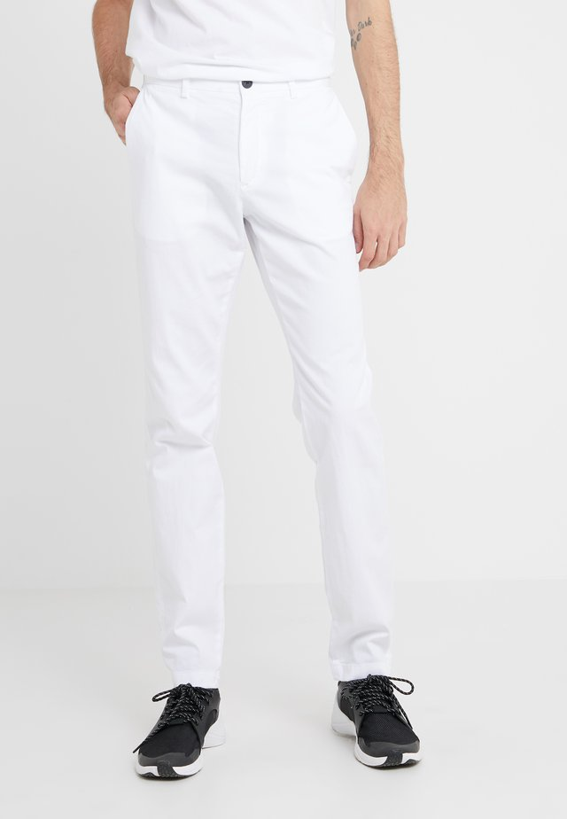 ZAINE PATTON - Chinos - white