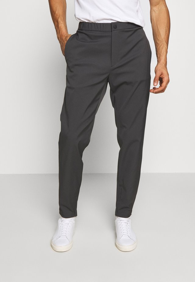 TERRANCE NEOTERIC - Jogginghose - dark grey