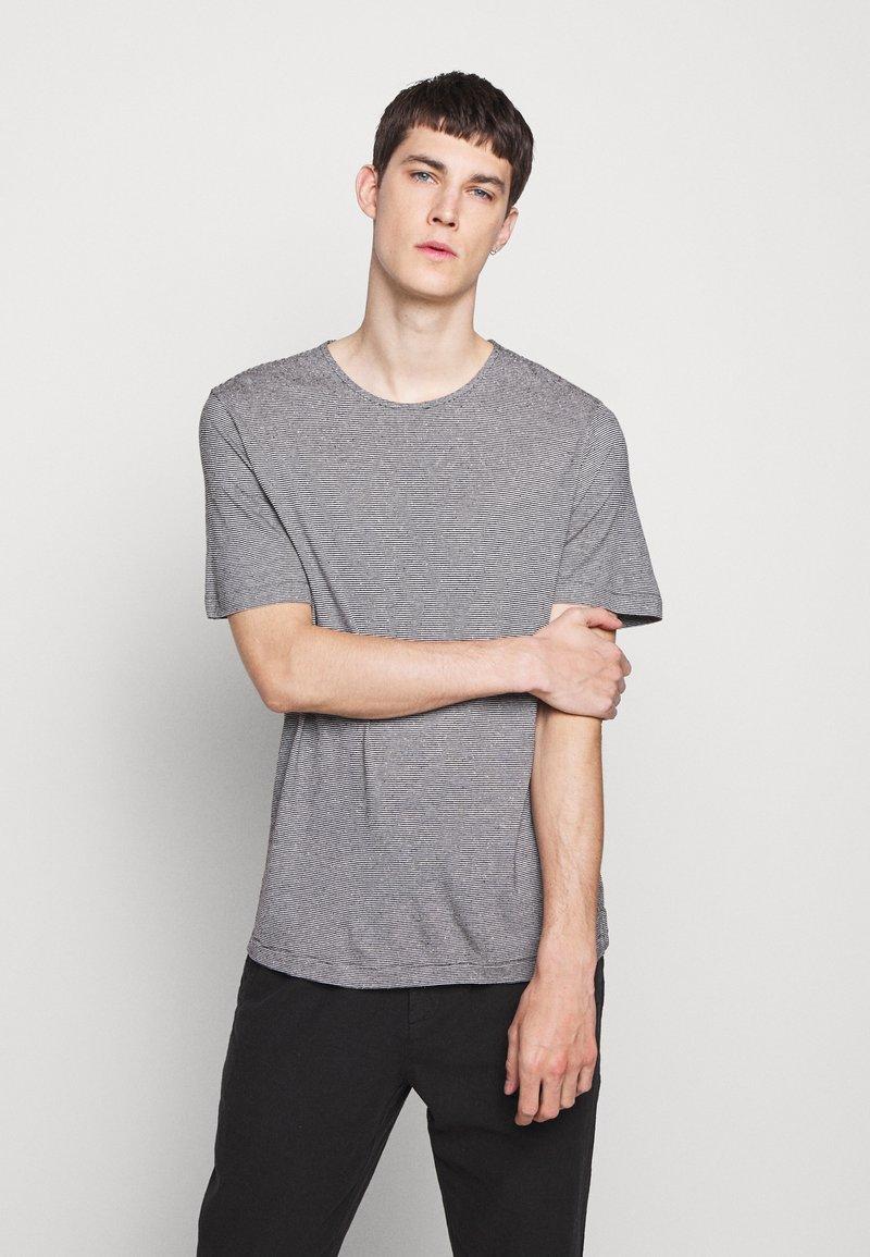 Theory - TIDAL TEE  - Print T-shirt - black/natural
