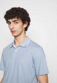 Theory - Poloshirt - light blue - 3