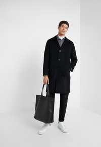 Theory - SUFFOLK - Zimní kabát - black - 1
