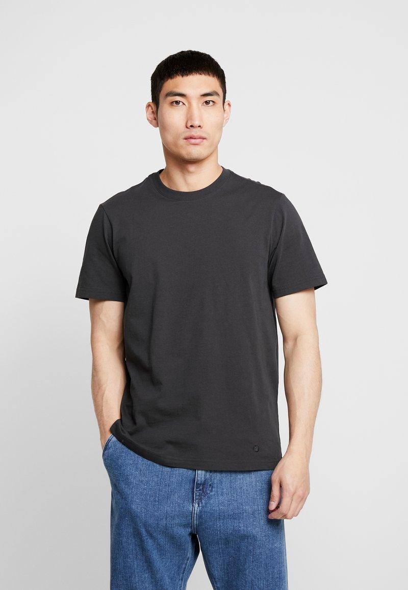 Stance - PRIMER  - T-Shirt basic - black fade
