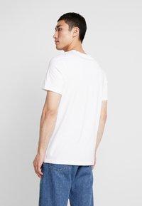 Stance - SHELTER  - T-shirt basic - white - 2
