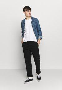 Stance - CHAMBER - Print T-shirt - white - 1