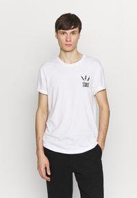 Stance - CHAMBER - Print T-shirt - white - 2