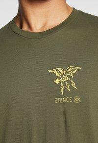 Stance - CLAW - Triko spotiskem - green - 5