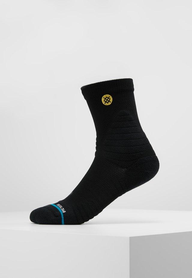 GAMEDAY PRO - Sports socks - black