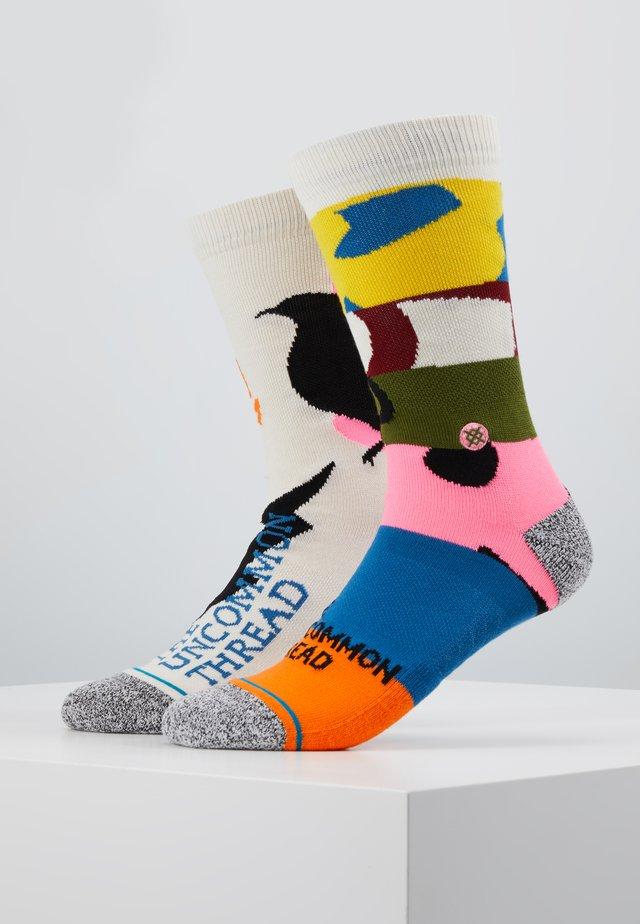 REBIRTH - Socks - white