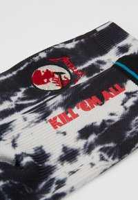 Stance - KILL EM ALL - Socks - black/white - 2