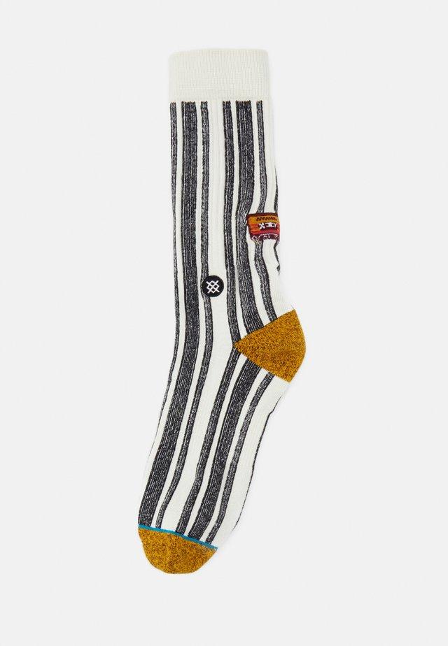 MIXTAPE - Socks - white