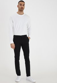 Tailored Originals - TORAINFORD - Chinos - black - 1