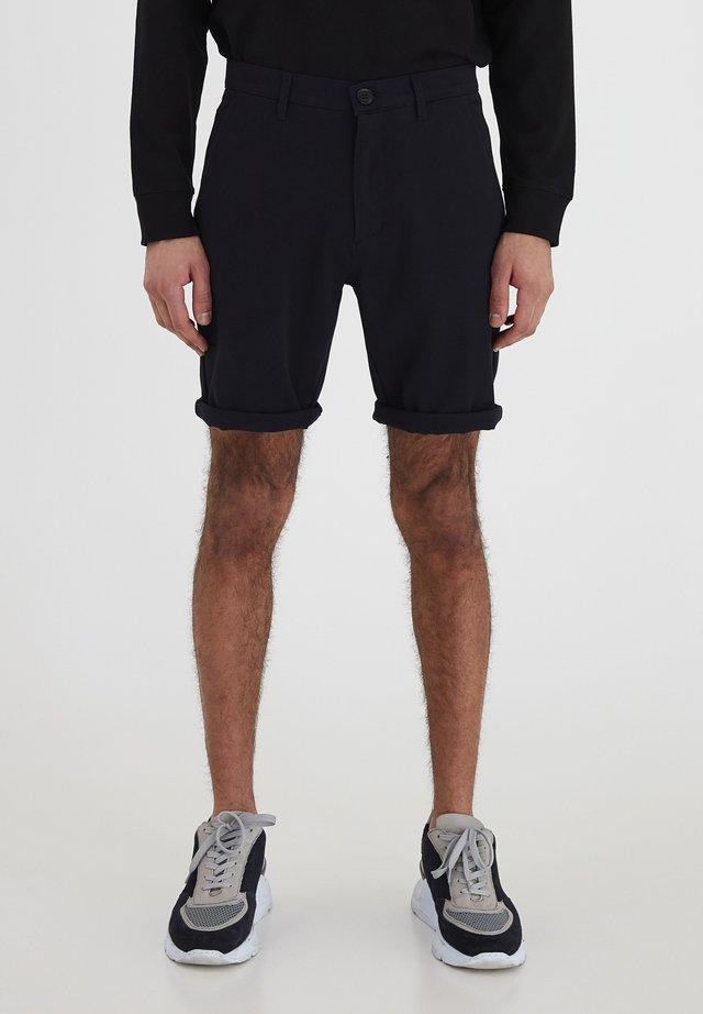 7193104, SHORTS - FREDERIC - Shorts - insignia b