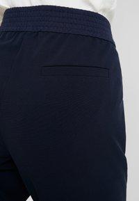 Taifun - FREIZEIT - Pantalon classique - navy - 5