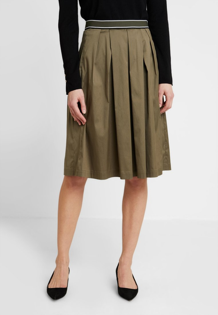 Taifun - A-line skirt - jungle green