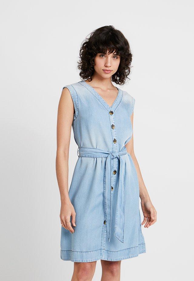 Denní šaty - bleach denim