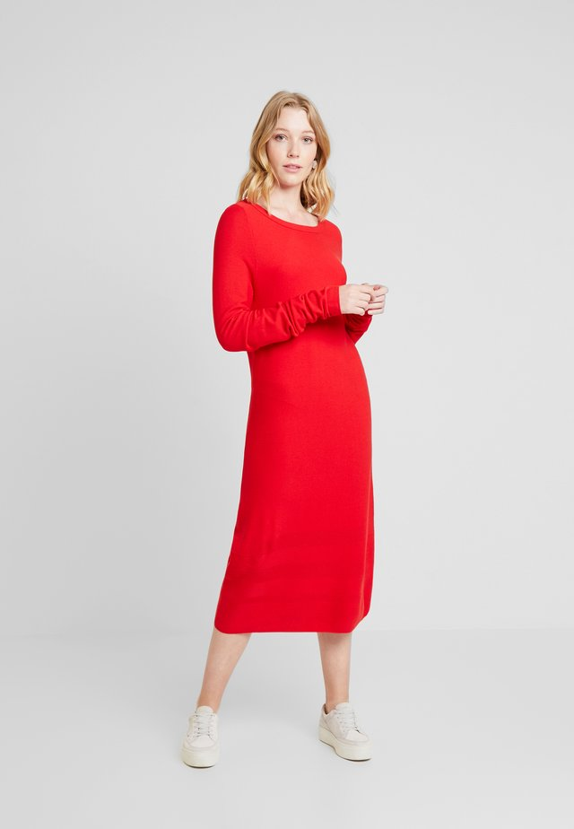 Maxi dress - lipstick red