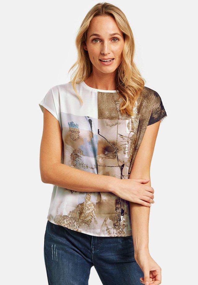 T-Shirt print - offwhite gemustert
