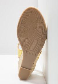 Tamaris - Wedge sandals - sun - 6