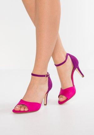 Sandaalit nilkkaremmillä - pink/lilac
