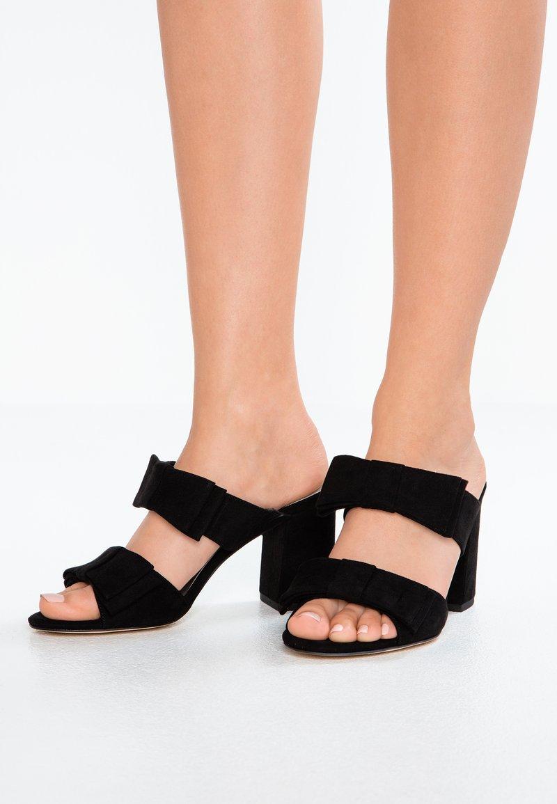 Tamaris - Pantolette hoch - black