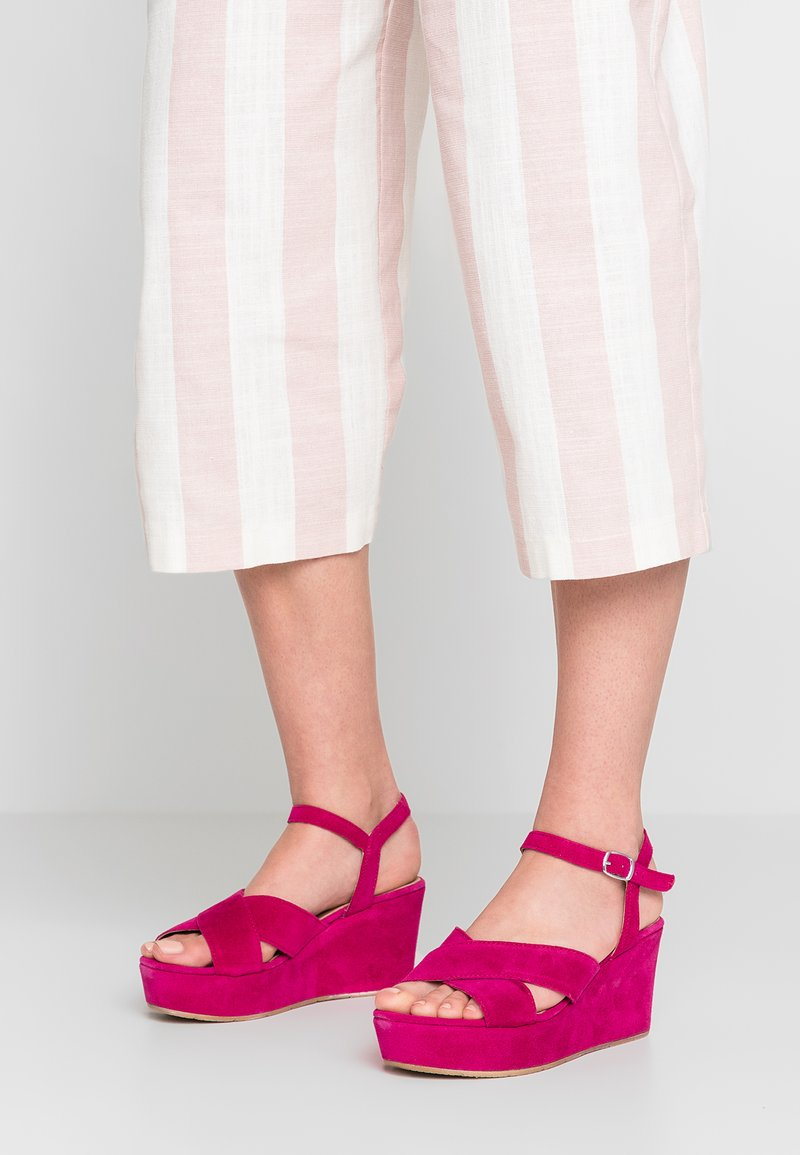 Tamaris - Platform sandals - fuxia