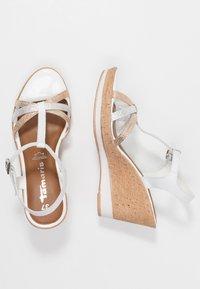 Tamaris - Korolliset sandaalit - white - 3
