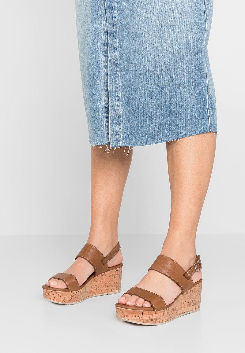 Tamaris - Platform sandals - cognac