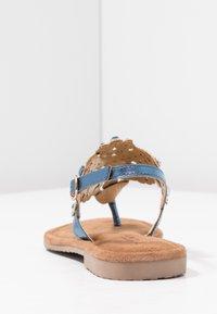 Tamaris - Sandály s odděleným palcem - azur - 5