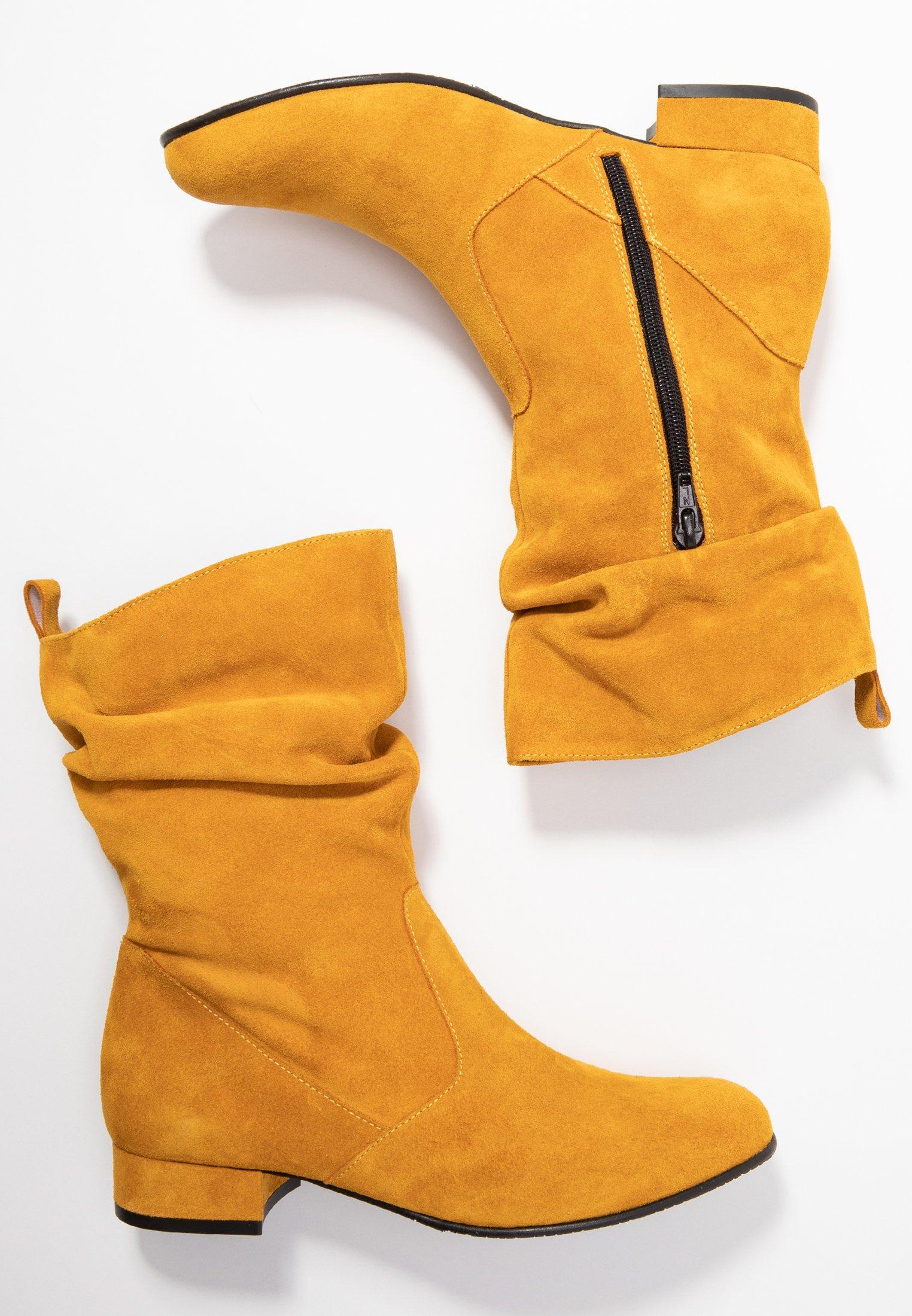 Stiefel saffron