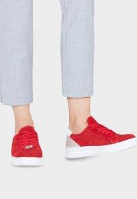 Tamaris - GRECA - Sneakers laag - red - 0