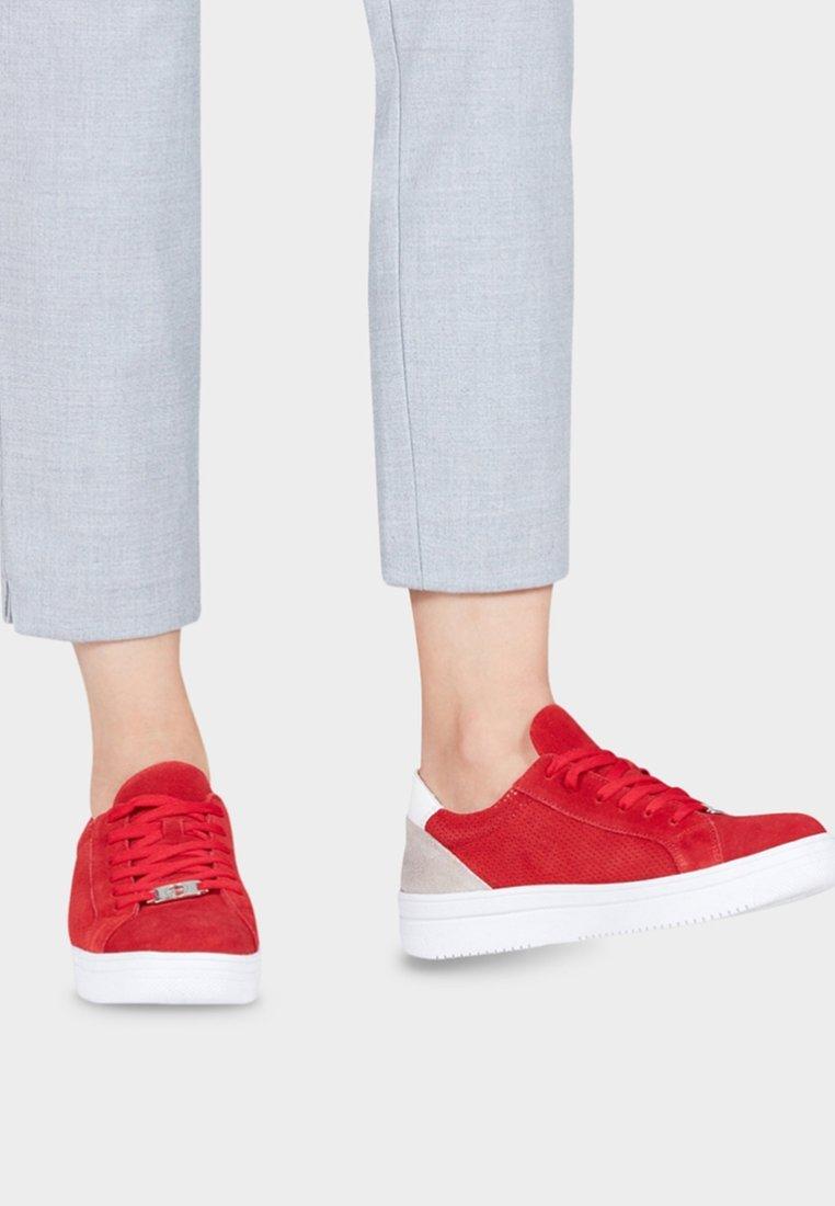 Tamaris - GRECA - Sneakers laag - red