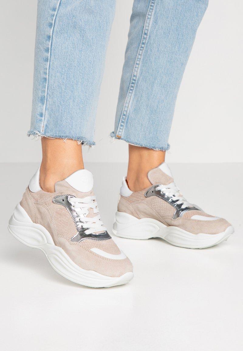 Tamaris - Sneakers - carrara