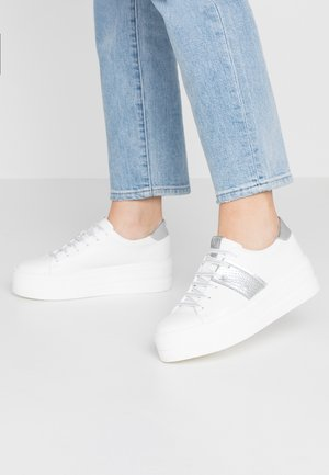 Zapatillas - white/silver