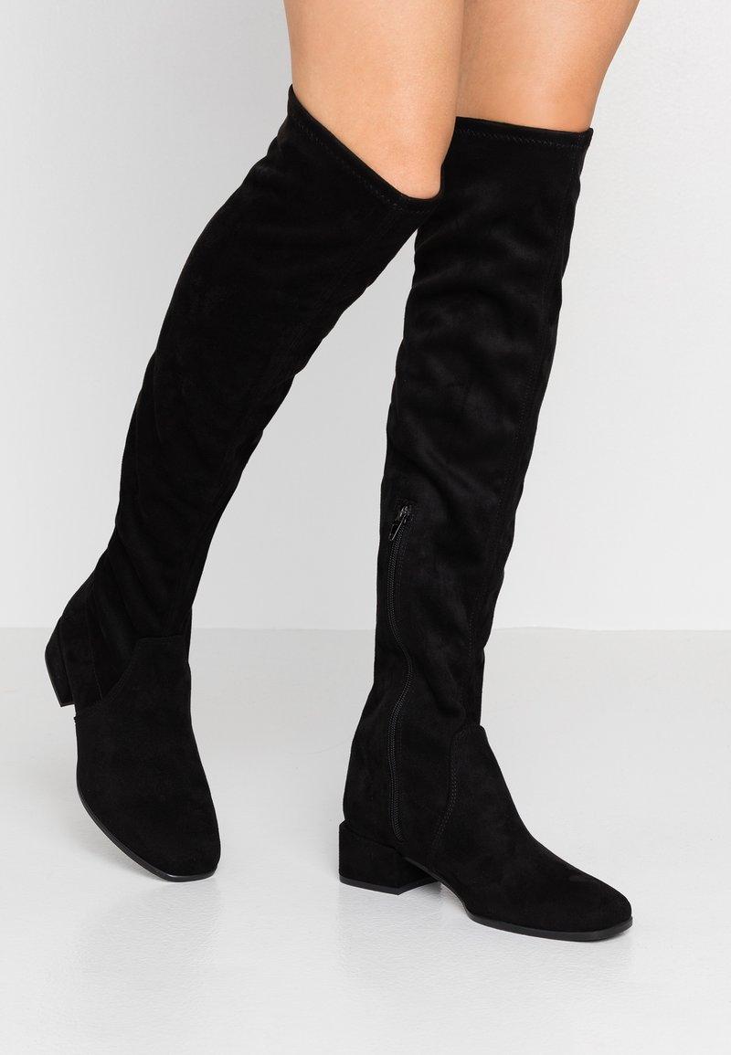 Tamaris - Kozačky nad kolena - black