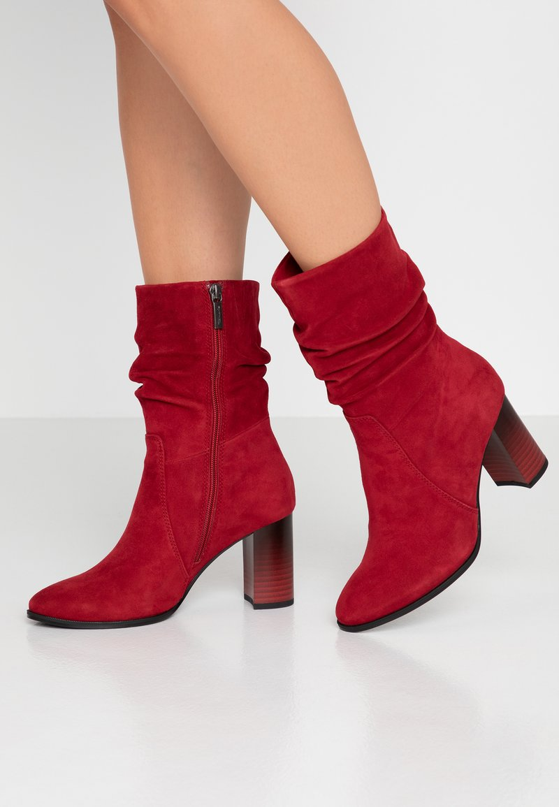 Tamaris - Classic ankle boots - chili